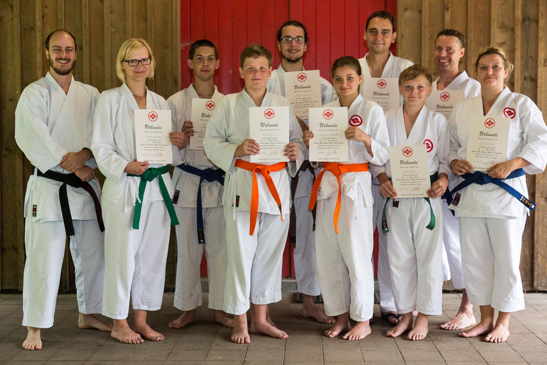 2016-07-24 Kyu-Pruefung 16-4 Karate
